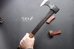 SHOK Battle axe